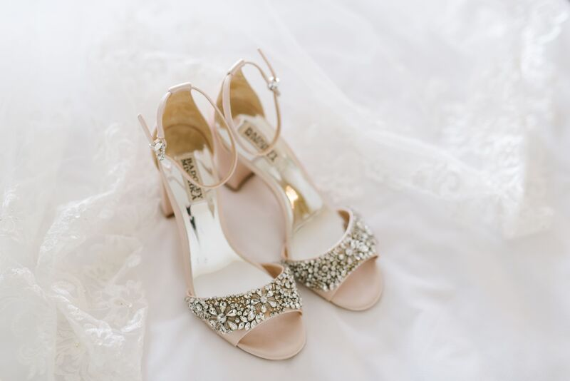 Jennifer Matteo Event Planning – Sarasota wedding planner – Sarasota luxury wedding planner – Sarasota weddings- Sarasota luxury weddings – Marie Selby Botanical Gardens – Marie Selby Gardens – Marie Selby Gardens wedding -  Badgley Mischka crystal pumps